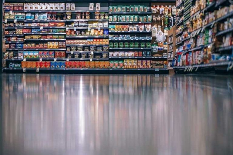 Large supermarkets are further victims of the convenience trend?