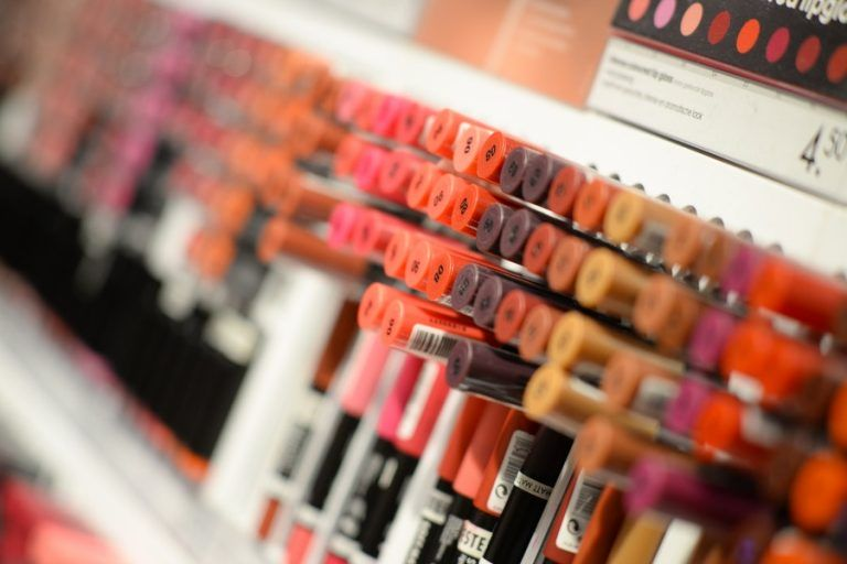 Jawa chain opens further beauty supply stores