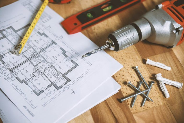 Castorama launches marketplace with home improvement services