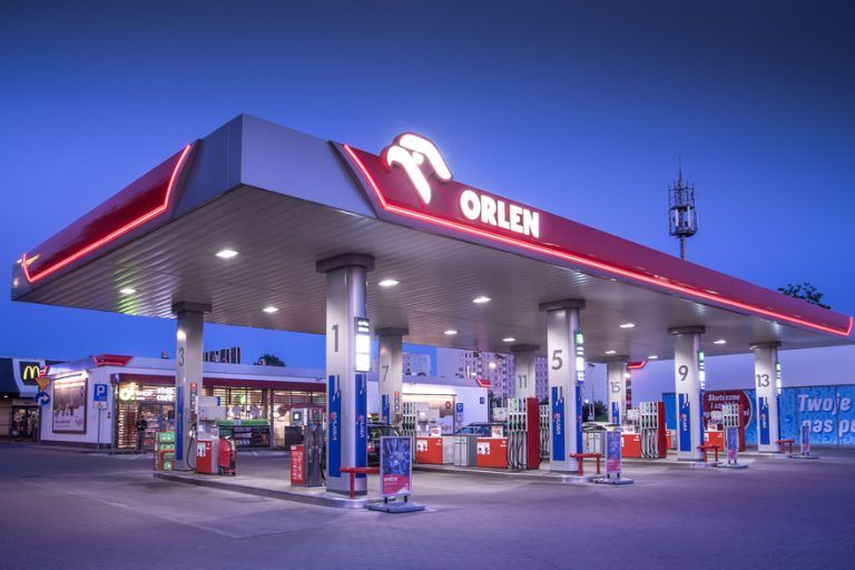 Orlen competes with InPost