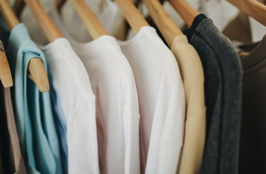 Auchan expands its offer with second-hand clothes